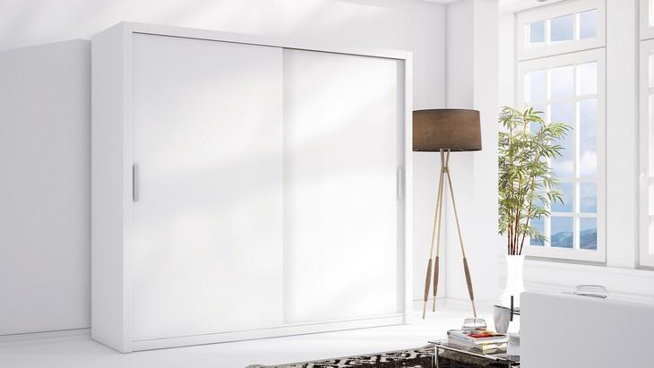 MEBLINE Luxusní šatní skříň s posuvnými dveřmi LONDON 220 bílý mat